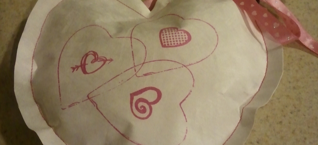 Upcycling - Recycling Postal Mailers into Valentine's Day Heart Pockets