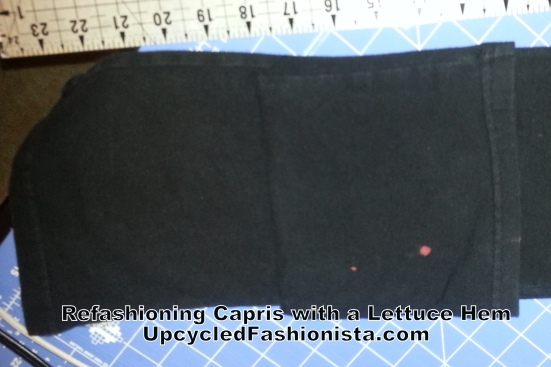 Refashioning capris with a lettuce hem #upcycle #refashion #sewing