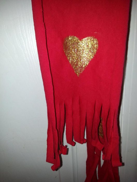 Refashion a T-Shirt into a Quick Heart Scarf