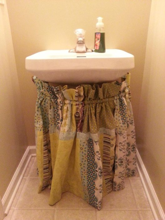 Reorganizing the pedestal sink