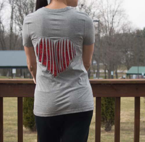 plain-gray-t-shirt-into-a-heart-026